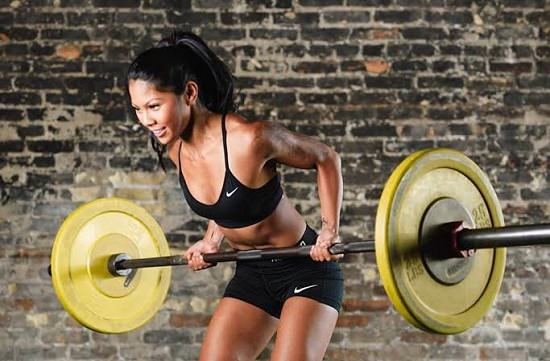 Weight lifting for women1