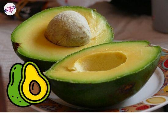 Avocado and banana face mask