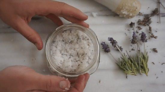 Homemade Manicure Scrub3