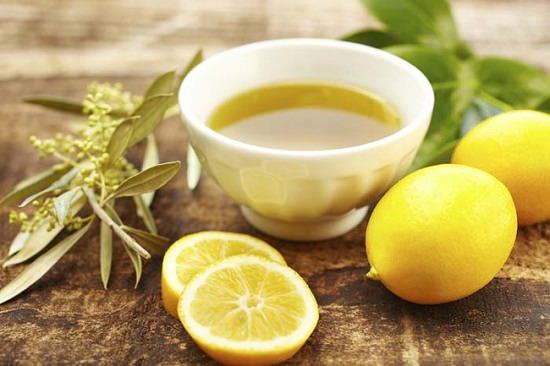 Health Benefits of Lemon and Olive Oil Mixture2