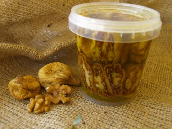 Benefits of Eating Dried Figs in Olive Oil1
