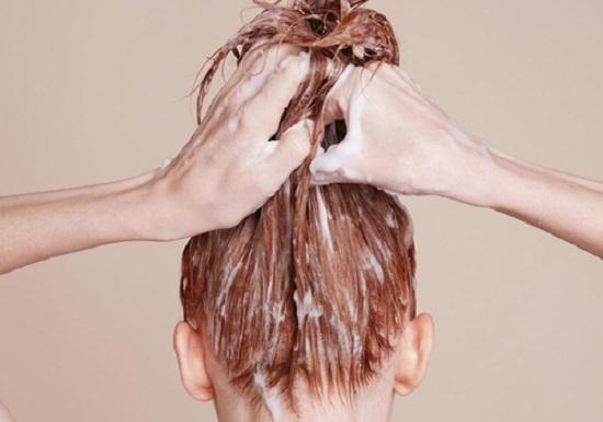 Castor Oil, Honey and Eggs for Hair Health2