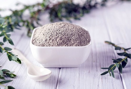 How to apply bentonite clay topically for Piles